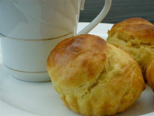 brioches-and-tea