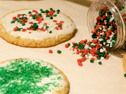 decorating-the-cookies1