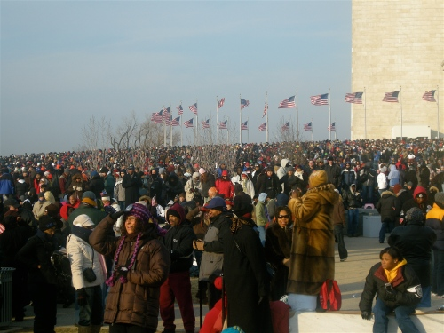 crowd-washington-monument-2